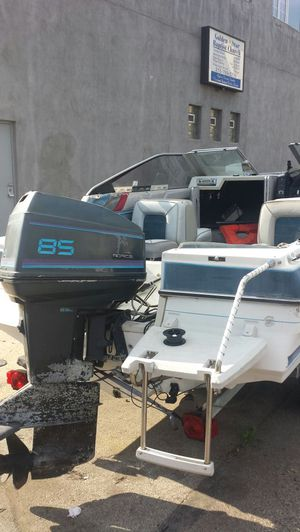 1986 Bayliner cabin cruiser 85 Force for Sale in Philadelphia, PA