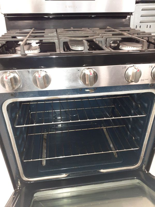 Samsung stainless steel gas stove in excellent condition with 90 days warranty