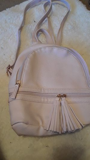 Light pink mini backpack for Sale in Austin, TX