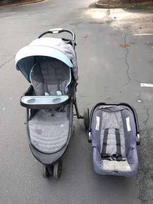 Car seat and stroller for Sale in Dunwoody, GA