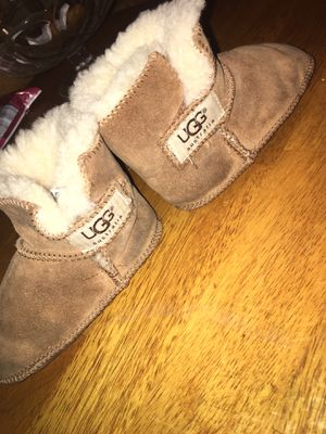 Toddler girl Ugg boots for Sale in Florissant, MO