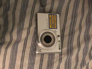 Sony cyber-shot camera for Sale in Rochester Hills, MI