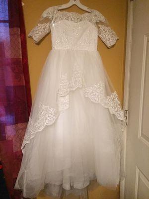 Flower girl dress size 7 for Sale in Fontana, CA