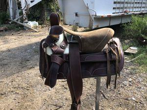 Albarda escaramuza saddle for Sale in Dallas, TX