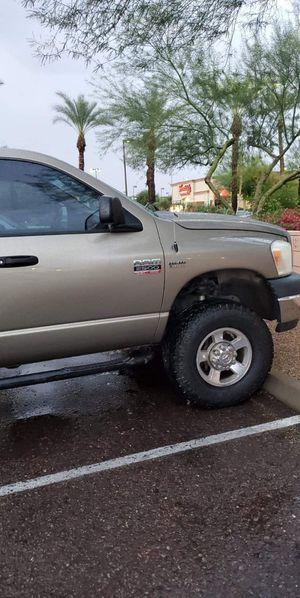 Dodge Ram 2500 heavy duty 5.7 Hemi 4x4 for Sale in Glendale, AZ