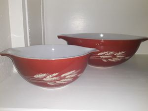 Pyrex harvest wheat nesting bowls. Two: one large and one small. for Sale in San Antonio, TX