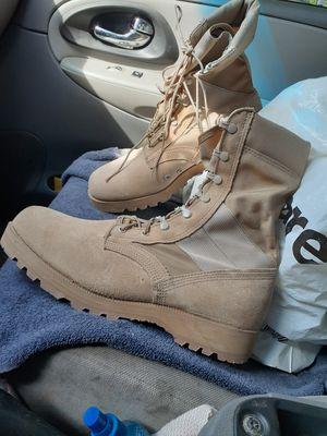 Zapato suela tractor del army 90 dollar son del 11 aquí for Sale in Dallas, TX
