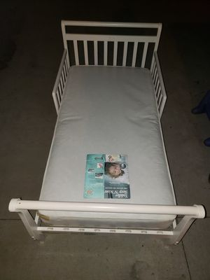 Toddler bed and matress for Sale in Fort Wayne, IN