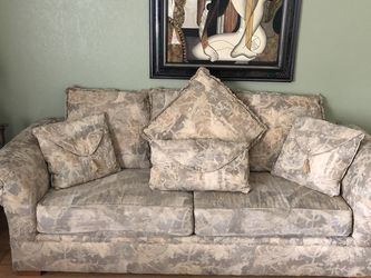 3 Piece Formal Couch Set for Sale in Rodeo,  CA