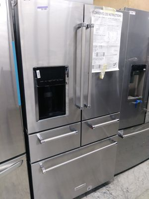 Kitchen Aid 5 door in stainless steel for Sale in Los Angeles, CA
