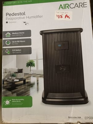 AIRCARE Pedestal 3.5-Gallon Tower Evaporative Humidifier // Protect Your Family From The Flu! for Sale in Fresno, CA