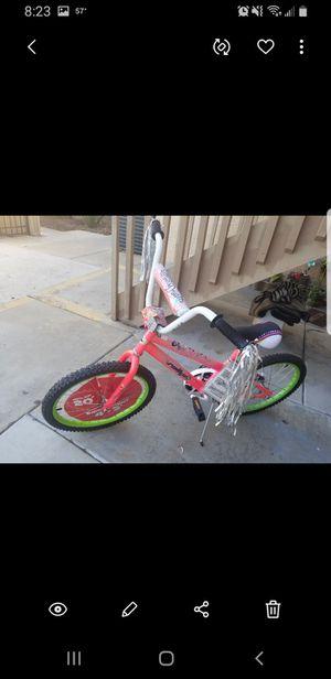 Girls bike. Never used for Sale in El Cajon, CA