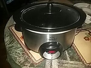 Rival smart crock pot for Sale in Columbus, OH