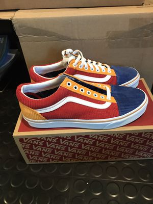 Vans corduroy size 9 brand new with box. GREAT FOR SUMMER for Sale in St. Louis, MO