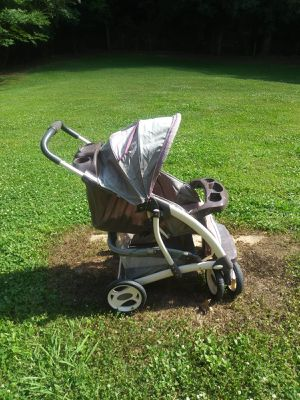Laura Ashley Baby Stroller for Sale in Atlanta, GA