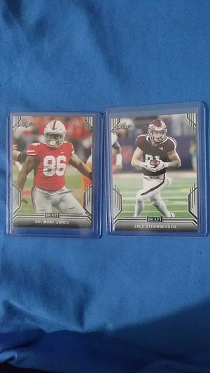2019 NFL Leaf Football Rookies! 2 Rookie Cards! for Sale in La Puente, CA