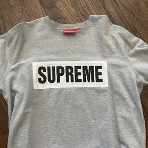 Supreme Crewneck for Sale in Chicago, IL