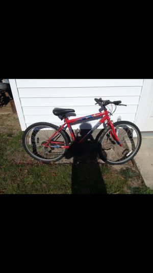 RoadMaster Mountain Bike for Sale in Snow Hill, NC