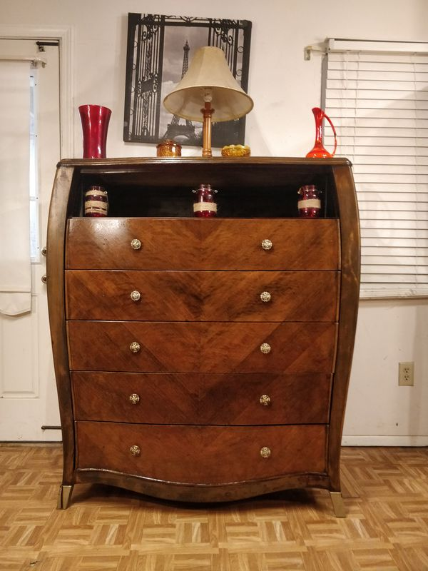 """Solid wood modern dresser/TV stand with shelf and big 5 drawers, pet free smoke free, dovetail drawers. L48""""*W20""""*H54.5"""""""