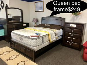Brand new solid Queen bed frame for Sale in Fresno, CA