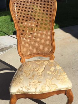 4 Chairs for Sale in Long Beach,  CA