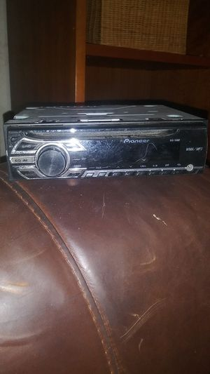 Pioneer DEH-150MP single-DIN Car Stereo w/ aux & mp3 playback for Sale in San Antonio, TX