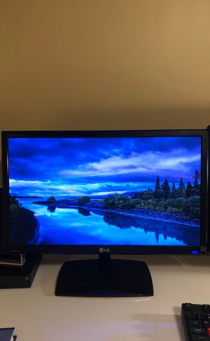 LG Flatron IPS235 23inch 1080p IPS monitor for Sale in West Los Angeles, CA