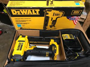 DEWALT 20-Volt MAX Lithium-Ion Cordless Cable Stapler with 2.0 Ah Battery, Charger and Bag for Sale in Fontana, CA