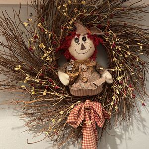Country Raggedy Ann Wreath for Sale in Suffolk, VA