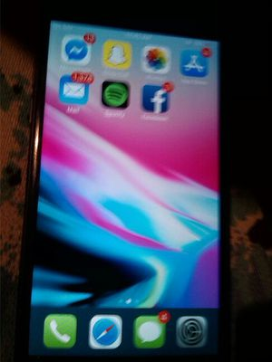 Apple I Phone 8 (Practically new) for Sale in TN, US