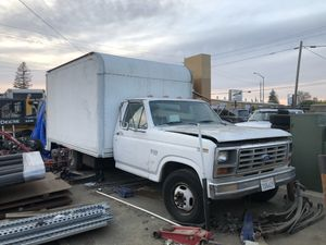 1984 Ford F-350 diesel 5 speed manual for Sale in Wilton, CA