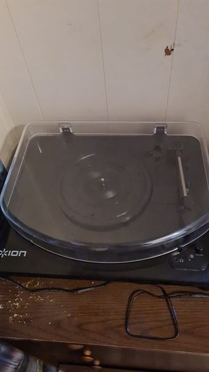 Ion Bluetooth Record Player for Sale in Boston, MA
