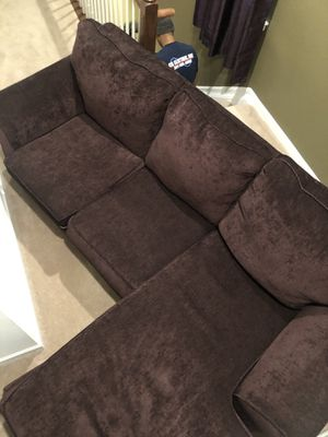Purple sectional for Sale in Oxon Hill, MD