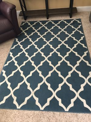 Blue Accent Rug 4' x 6' for Sale in Puyallup, WA