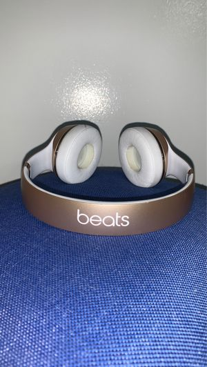 Beats solo Bluetooth, Rechargeable, Aux input too willing to NEGOTIATE! for Sale in Slidell, LA
