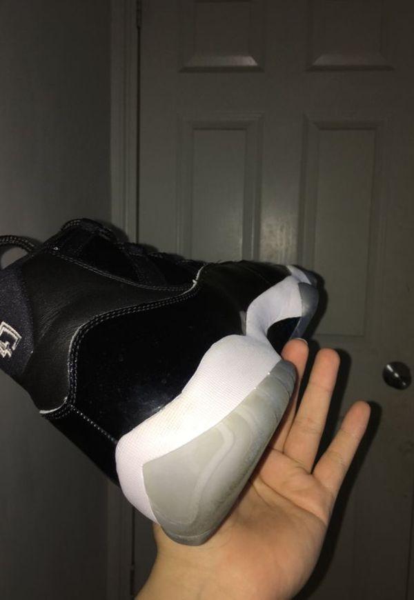 VNDS Nike Air Jordan Retro 11 space jams size 13