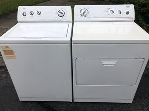 Matching Whirlpool Washer Dryer Set! for Sale in Sanford, FL