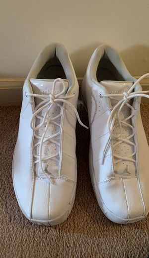NIKE Air Jordan's white gym shoes for Sale in Redford Charter Township, MI