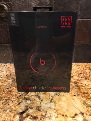 Brand New Beats Studio 3 Wireless Noise-Cancelling Headphones by Dr. Dre for Sale in Bakersfield, CA