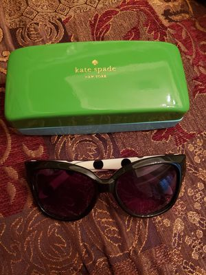 Kate spade sunglasses for Sale in Baytown, TX