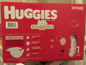Huggies one month diapers/ pampers for Sale in Lynwood, CA