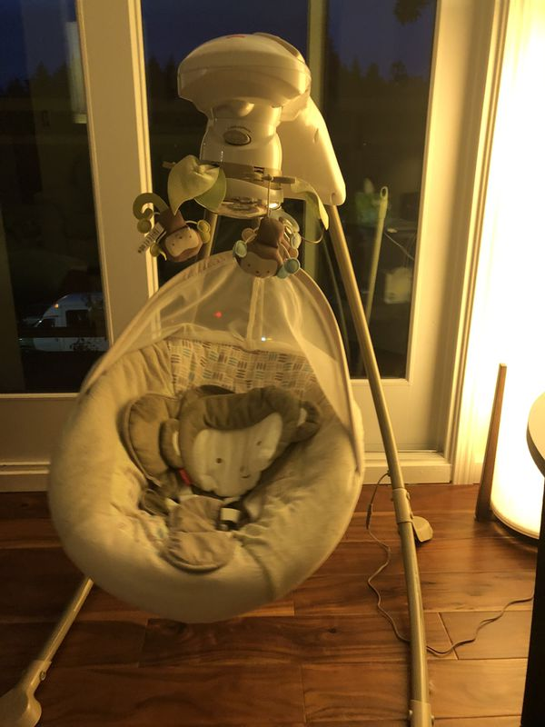Pending pick up-Fisher Price baby Swing