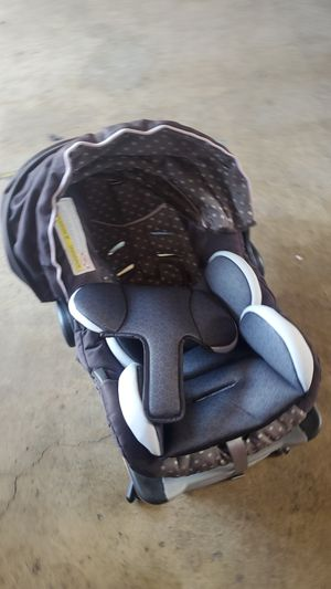 Free baby car seat.... for Sale in Westminster, CA