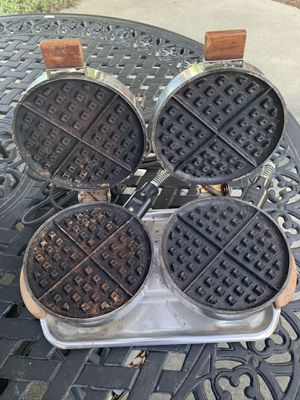Vintage Antique Electric Double Waffle Maker for Sale in Newark, CA