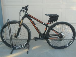 29 inch Trek Mamba mountain bike with lock for Sale in Glendale, AZ