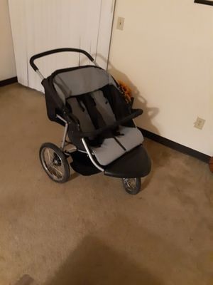 Double stroller for Sale in Smithton, PA