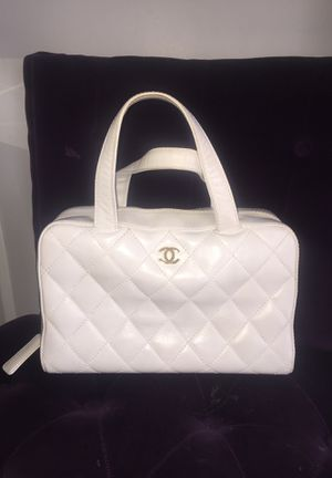 vintage authentic chanel bag for Sale in Los Angeles, CA