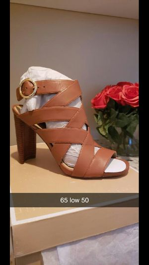 Michael Kor heels , size 8 1/2 for Sale in Romoland, CA