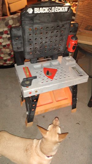 Kids work bench for Sale in San Bernardino, CA