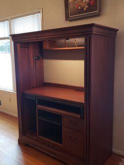 Computer Cabinet for Sale in Alexandria,  VA